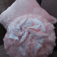 Round & Square Pink Cushion