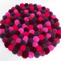 Pompom rug making kit