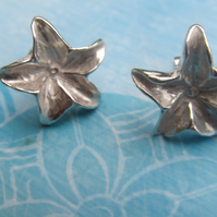 Fine Silver Lily Earrings