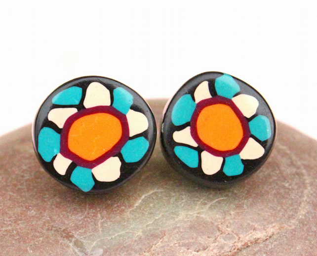 Daisy Age small flower polymer clay ear studs