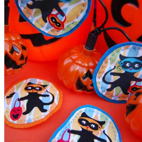 Halloween brooches