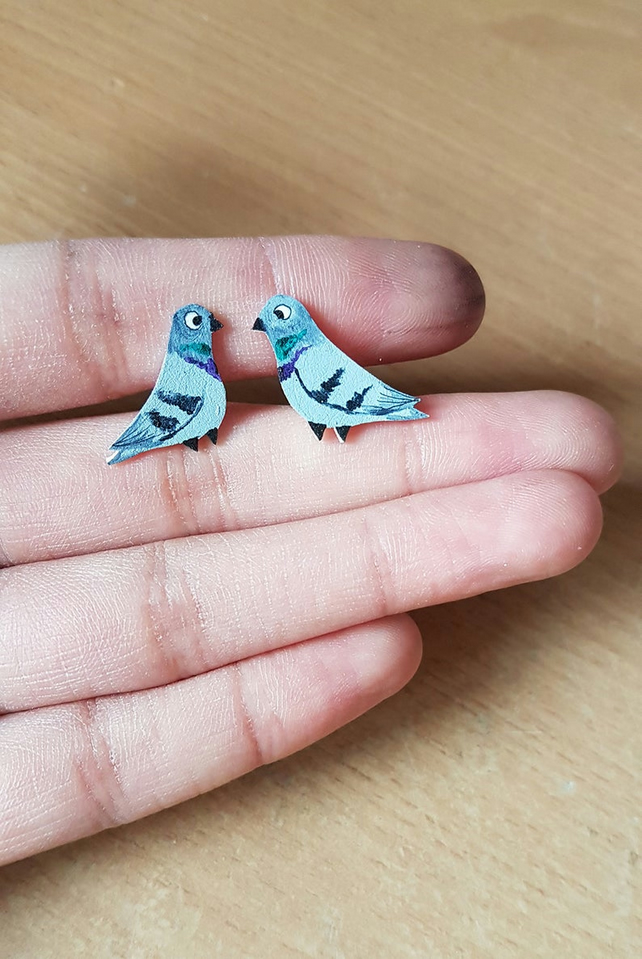Pigeon Bird stud Earrings, bird