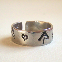 Rings - Horse Design - Artisan Silver Jewellery and Keepsakes