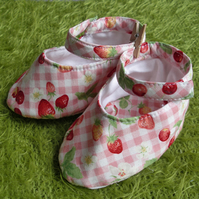 Strawberries & Cream - Mary Jane style baby shoes
