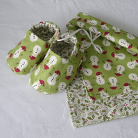 Snowman Shoe & Bib set