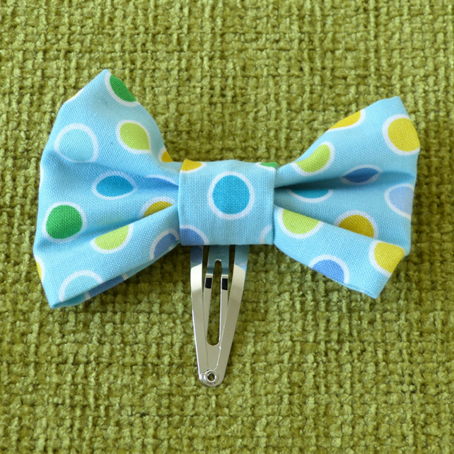 Shades of Green Spot Hair Bow
