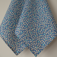 Blue Leaf Berry print pocket handkerchief