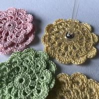Set of 6 crocheted coasters - Spring shades