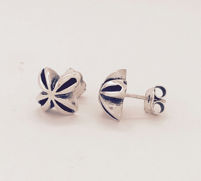Silver and oxidised  flower shaped stud earrings