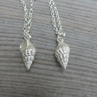 Shell Necklace small