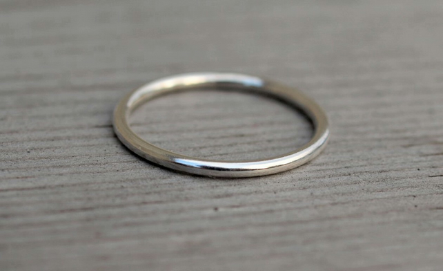 Plain Stack Ring 1.5mm