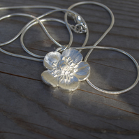 Buttercup Necklace Silver Large