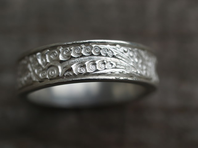 Patterned Ring Size P