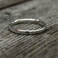 Hammered Ring 2mm