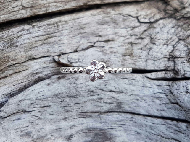 Forget Me Not Bobble Ring