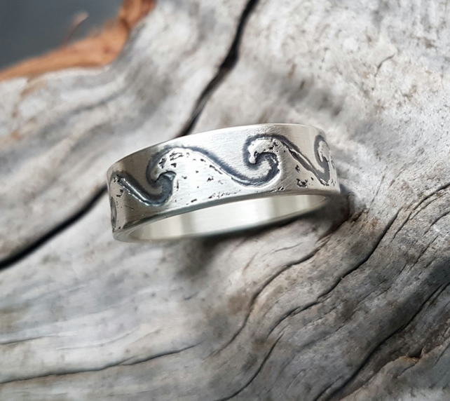 Wave Ring size O