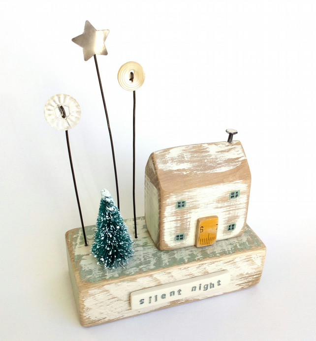 Sale - Little wooden house with Christmas tree, buttons and star