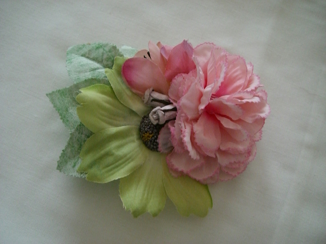 Vintage Style Pink Carnation Duo Clip