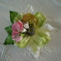 Vintage Style Pink and Green Flowers Duo Hairclip