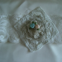 Romantic Ivory and Cream Vintage Lace Garter