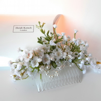 Ivory and White Floral Comb
