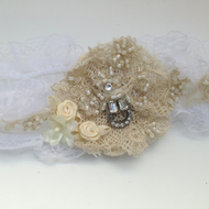 Vintage Style White and Cream Garter