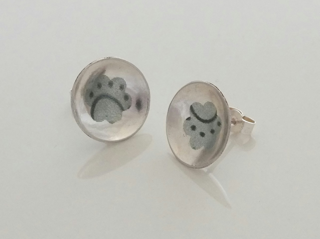 Concave silver post earrings