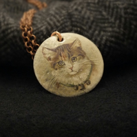 Cat portrait pendant