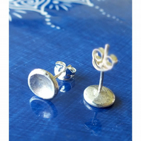 Solid recycled silver stud earrings