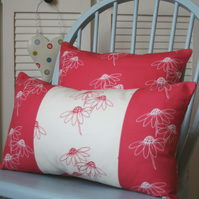Daisy Trio Cushion - Red-White