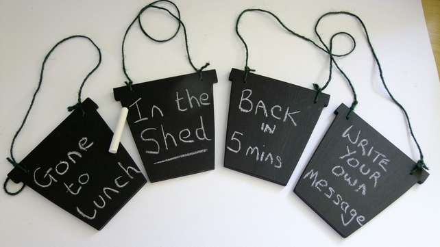 Flower pot chalkboard for gardeners or green fingered people, shed greenhouse