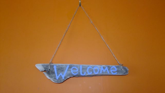 WELCOME SHOP DOOR SIGN HANDCRAFTED ON CORNISH DRIFTWOOD