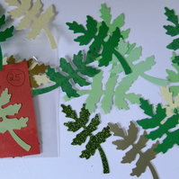 25 oak leaf shaped Sizzix die cuts for card embellishments & crafting.