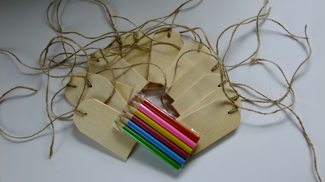 12 wooden gift tags or labels for tying onto birthday or Christmas presents.