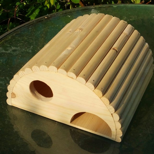 Half round wooden shelter house bedroom for mouse guinea pig rat or small pet