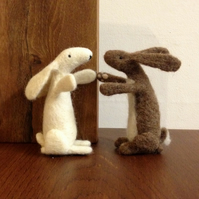 Hare needle felt kit - FREE UK POSTAGE