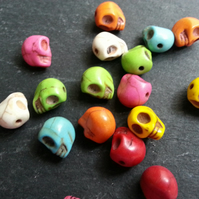 Howlite Small Mixed Coloured Skull Beads Dyed   x18