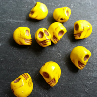 Howlite Small Yellow Skull Beads Dyed   x10
