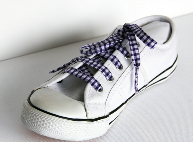 Retro Purple Gingham Patterned Shoelaces. Perfect for Girls. School Uniform