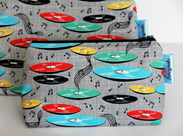 Retro Vintage Style Music Records Make-up Bag. Great Gift for Ladies
