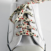 Pretty Retro Cream, Red and Black Floral Patterned Cotton Shoelaces. Great Gift