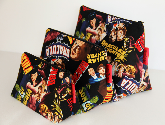 Retro Vintage Style Classic Dracula Horror Film Medium Wash Bag. Halloween