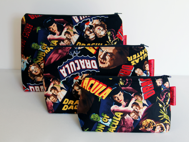 Retro Vintage Style Classic Dracula Horror Film Large Wash Bag. Halloween