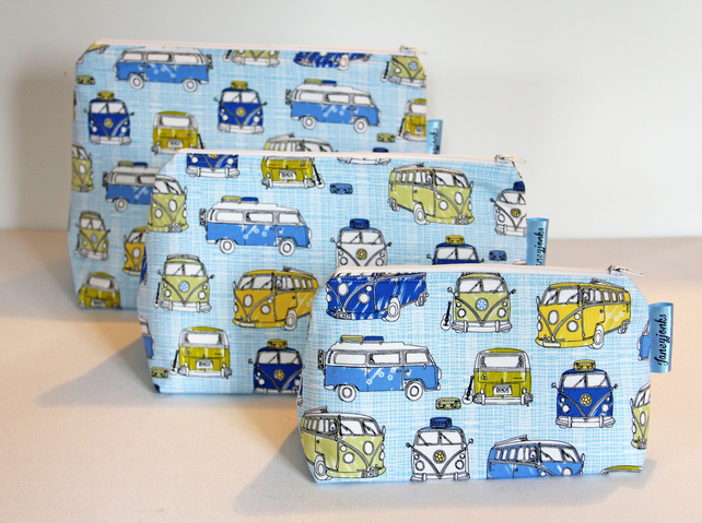 Retro Vintage Style Classic Blue VW Camper Van  Make-up or Grooming Kit Bag