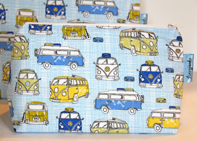 Retro Vintage Style Classic Blue VW Camper Van Medium Wash Bag. Gift for Ladies