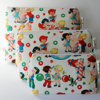 Retro Vintage Style Candy Shop Kids Medium Wash Bag. Great Gift for Ladies