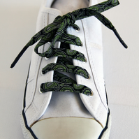 Retro Cute Black Swirl Patterned Shoelaces. Great Gift for Ladies and Girls
