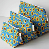 Cute Sunflowers Medium Wash Bag. Great Gift for Ladies