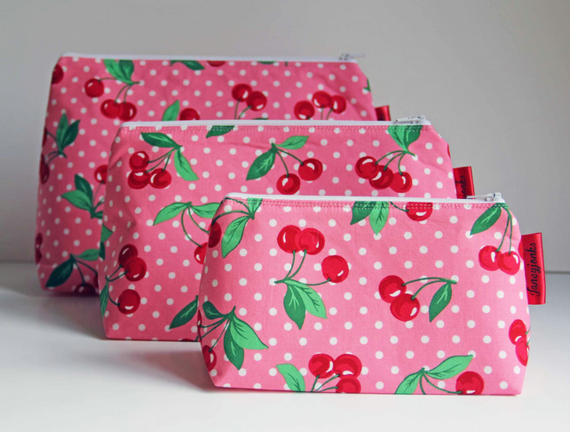 Retro Vintage Style Pink Polka Dot Cherries Make-up Bag. Great Gift for Ladies