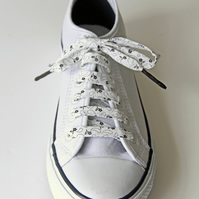 Black and White Floral Patterned Shoelaces. Great Gift for Ladies and Girls